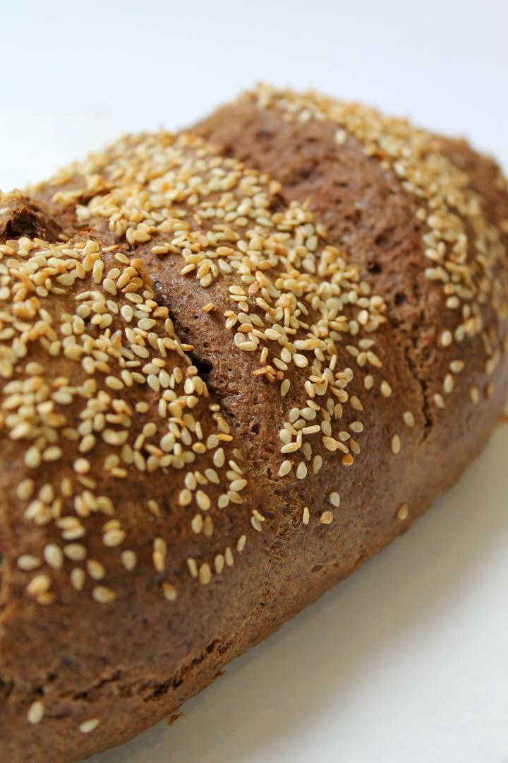Szezámmagos, gluténmentes, paleo kenyér