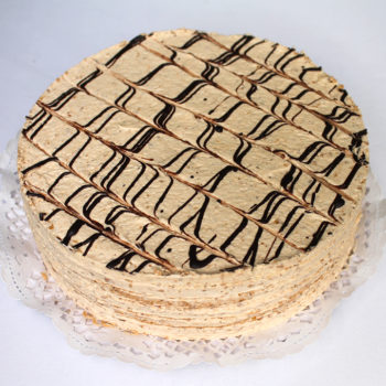 Gluténmentes, lisztmentes, cukormentes, tartósítószer-mentes, térfogatnövelő-mentes, habosítómentes, ízfokozómentes, színezékmentes, idegméregmentes, mindenmentes, egészséges, Paleo Eszterházy torta