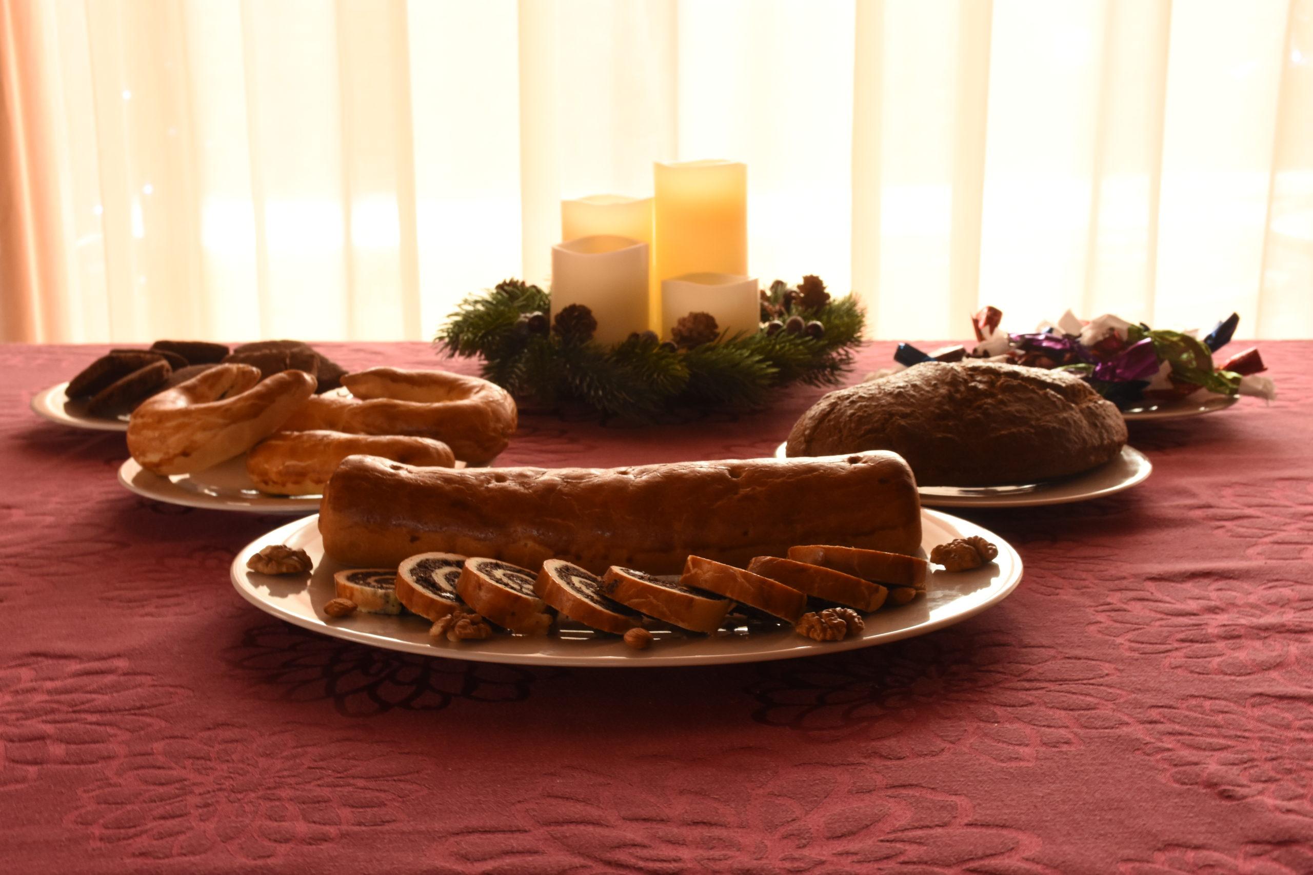 Glutémnentes, lisztmentes, tejmentes, laktózmentes, egészséges karácsonyi keksz, pozsonyi kifli, diós kenyér, szaloncukor és bejgli