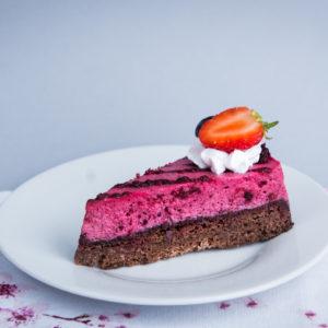 Paleo vegán erdei gyümölcs tortaszelet